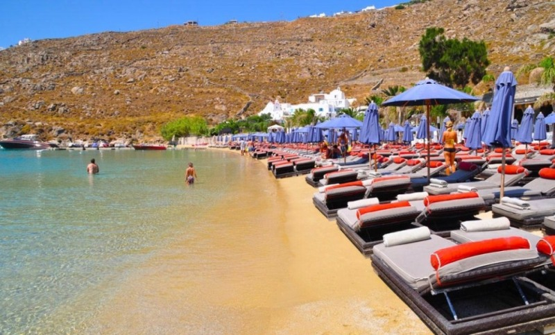 Psarou beach in Mykonos